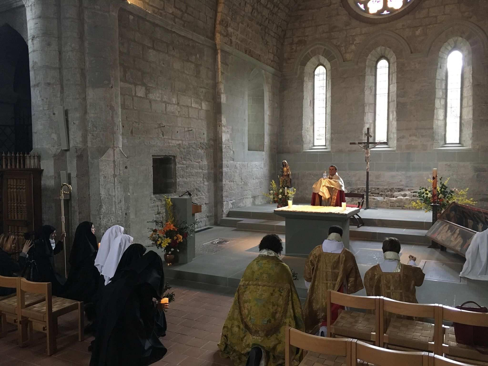 Dress rehearsal at Maigrauge Abbey, Fribourg. Elevation and adoration of the host